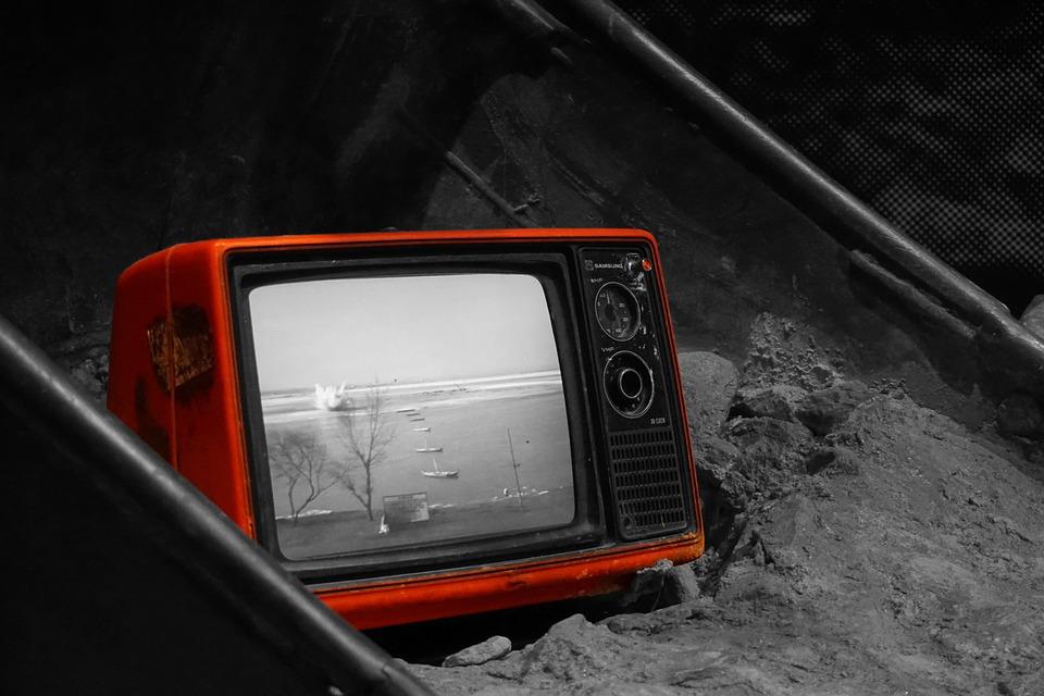 Kiedy i jak płacić abonament RTV? Co robić na wypadek wezwania do zapłaty?